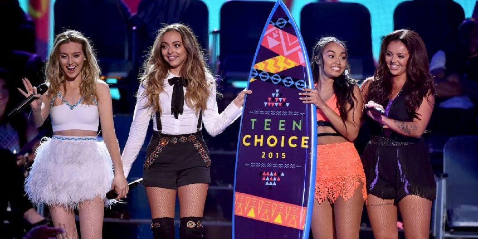 """Perrie Edwards, la ex de Zayin Malik, hizo su presentación en los premios al lado del cuarteto británico """"Little Mix"""" Foto:Getty images"""