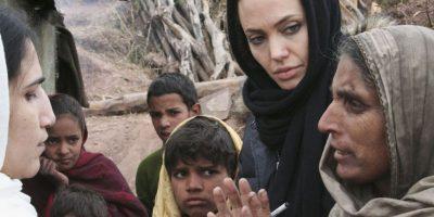 A la actriz estadounidense le impactó la amplia pobreza camboyana. Foto:Getty Images