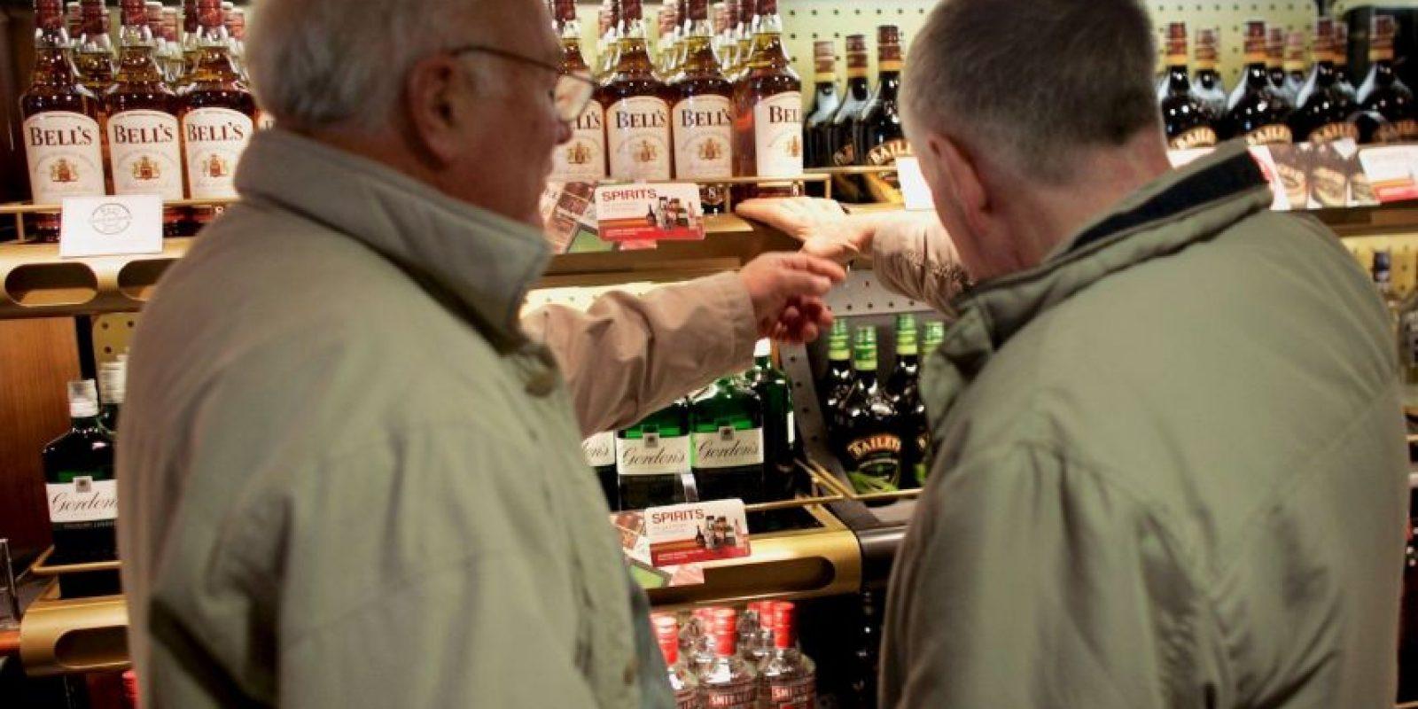 Se pusó borracho con el alcohol que había adquirido en Manchester. Foto:Getty Images