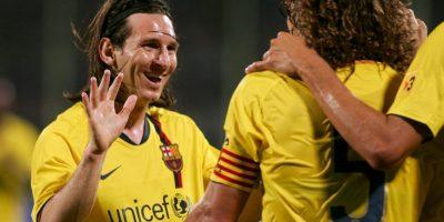 El defensa español fue nombrado capitán del equipo para la temporada 2004-2005, año en que Messi llegó al primer equipo. Foto:Getty Images