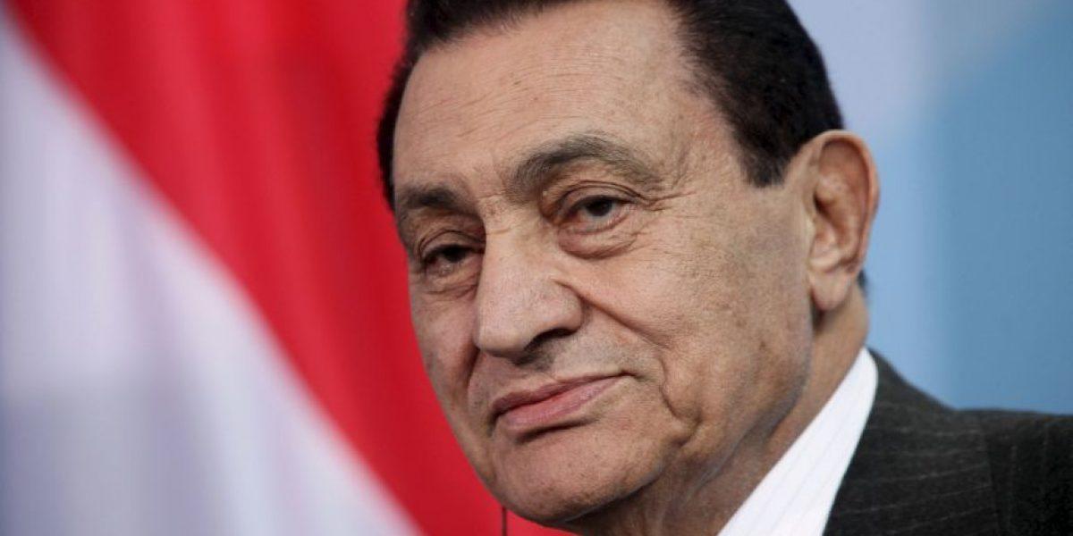 Egipto ordena repetir juicio a Hosni Mubarak