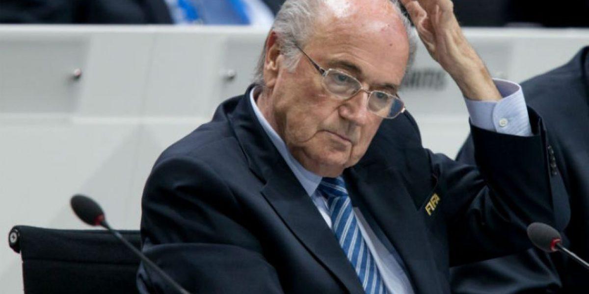 Expertos opinan sobre la dimisión de Joseph Blatter