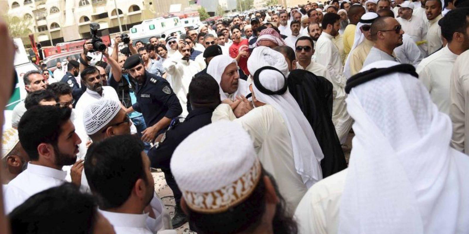 ISIS se adjudicó responsabilidad de lo que llamó un bombardeo suicida. Foto:AP