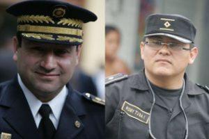Junto con el director de la Policía Walter Ceron. Foto:PNC