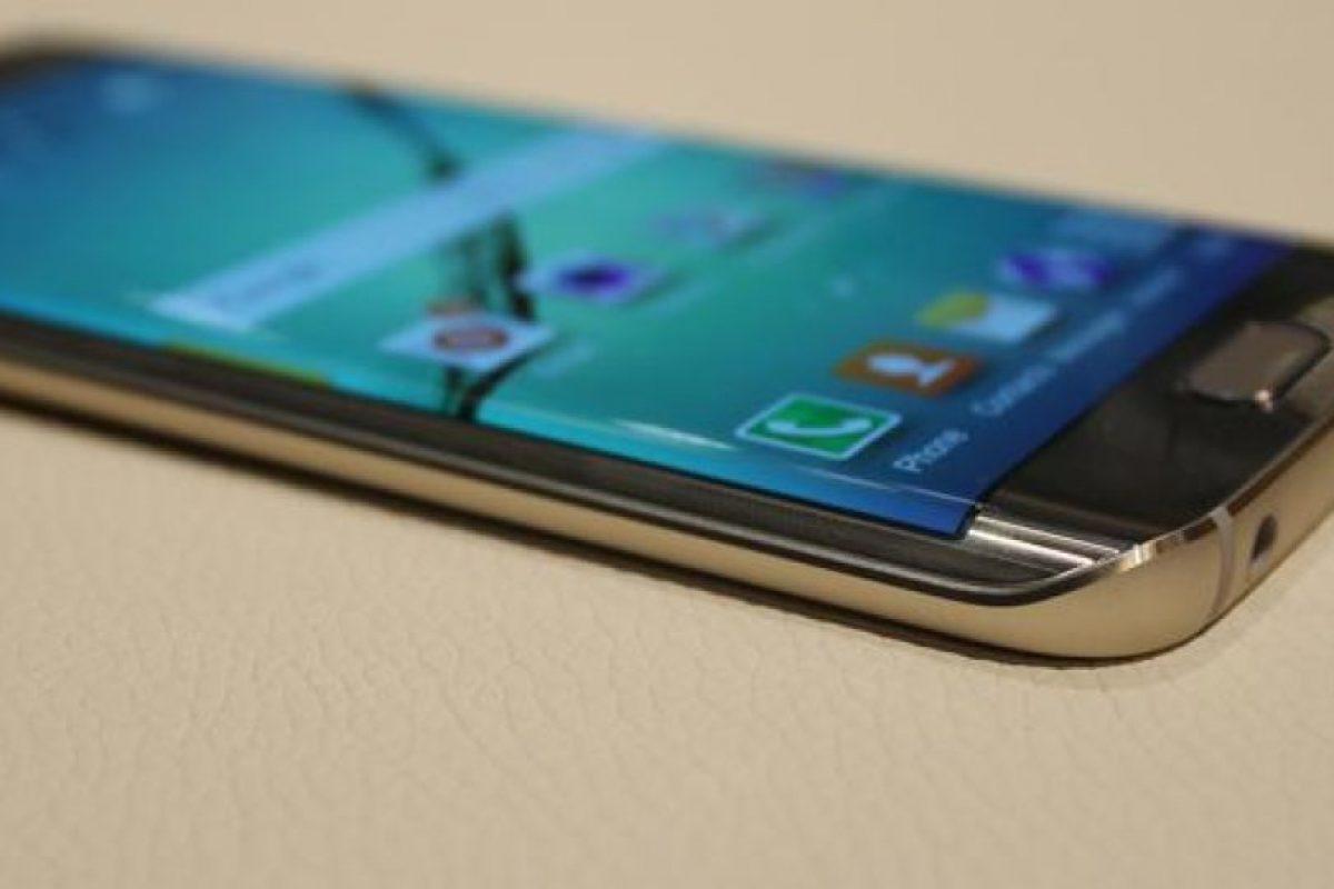 4 GB de RAM, almacenamiento interno de 32 a 64 GB Foto:Samsung