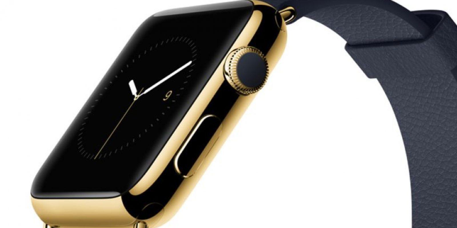 La cual se entrega en una caja de oro de 18 quilates. Además, la pantalla esta protegida por una capa de zafiro Foto:Apple