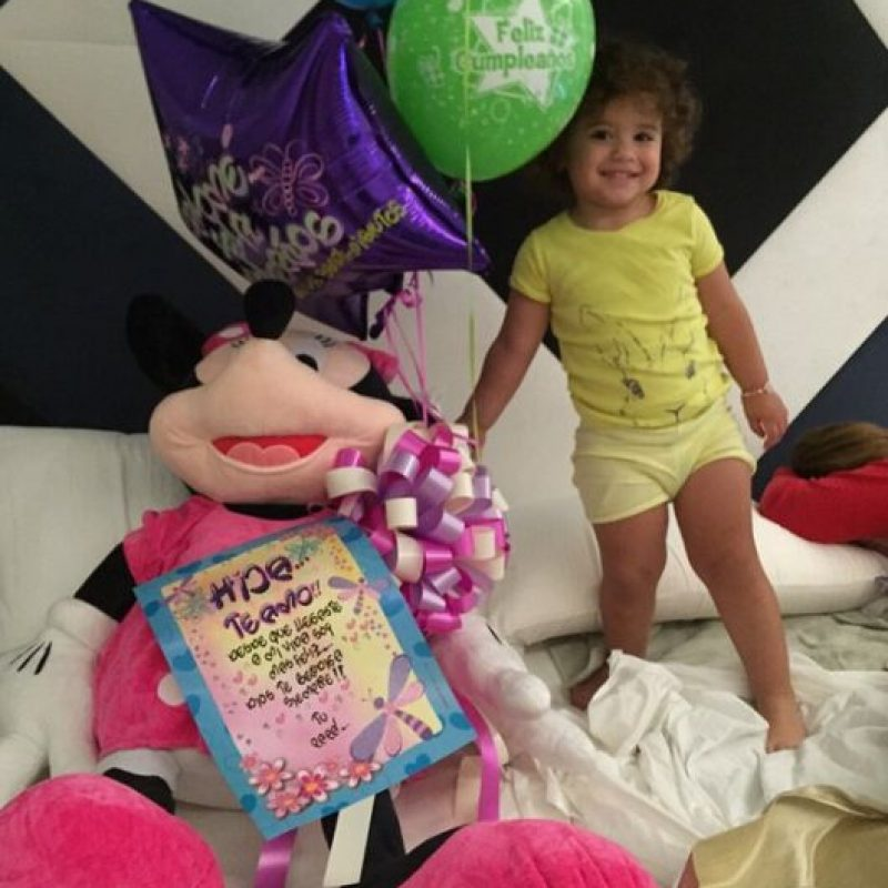Salomé Rodríguez, hija de James Rodríguez, cumplió dos años de vida y así la festejaron sus padres. Foto:Vía instagram.com/jamesrodriguez10