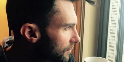 Adam Levine es objeto de burlas obscenas