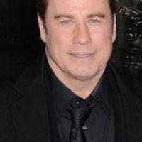 Es John Travolta (aunque quizás no sabríamos cómo se vería de Ke$ha). Foto:vía Getty Images