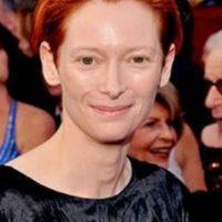 Tilda Swinton es andrógina. Un ícono de moda. Foto:vía Getty Images