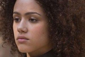 Acá, Nathalie Emmanuel, como Missandei, la dama de compañía de Daenerys. Foto:vía HBO