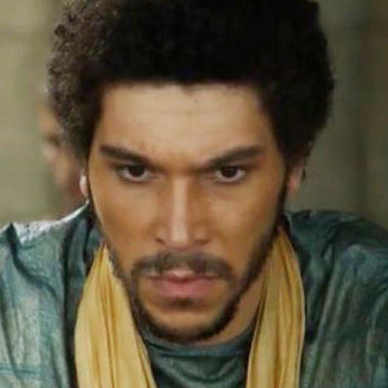 Joel Fry es Hizdahr zo Loraq, noble de Meeren con el que se casa Daenerys por conveniencia. Foto:vía HBO