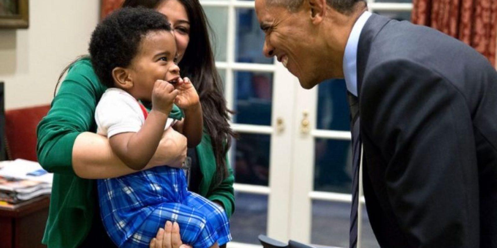 El presidente siempre quiere hacer reir a los más chicos. Foto:Vía whitehouse.gov/photos