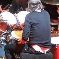 ¿La tanga de Lars Ulrich -baterista de Metallica-? ¿O sólo otra ilusión óptica? Foto:Vïa Twitter