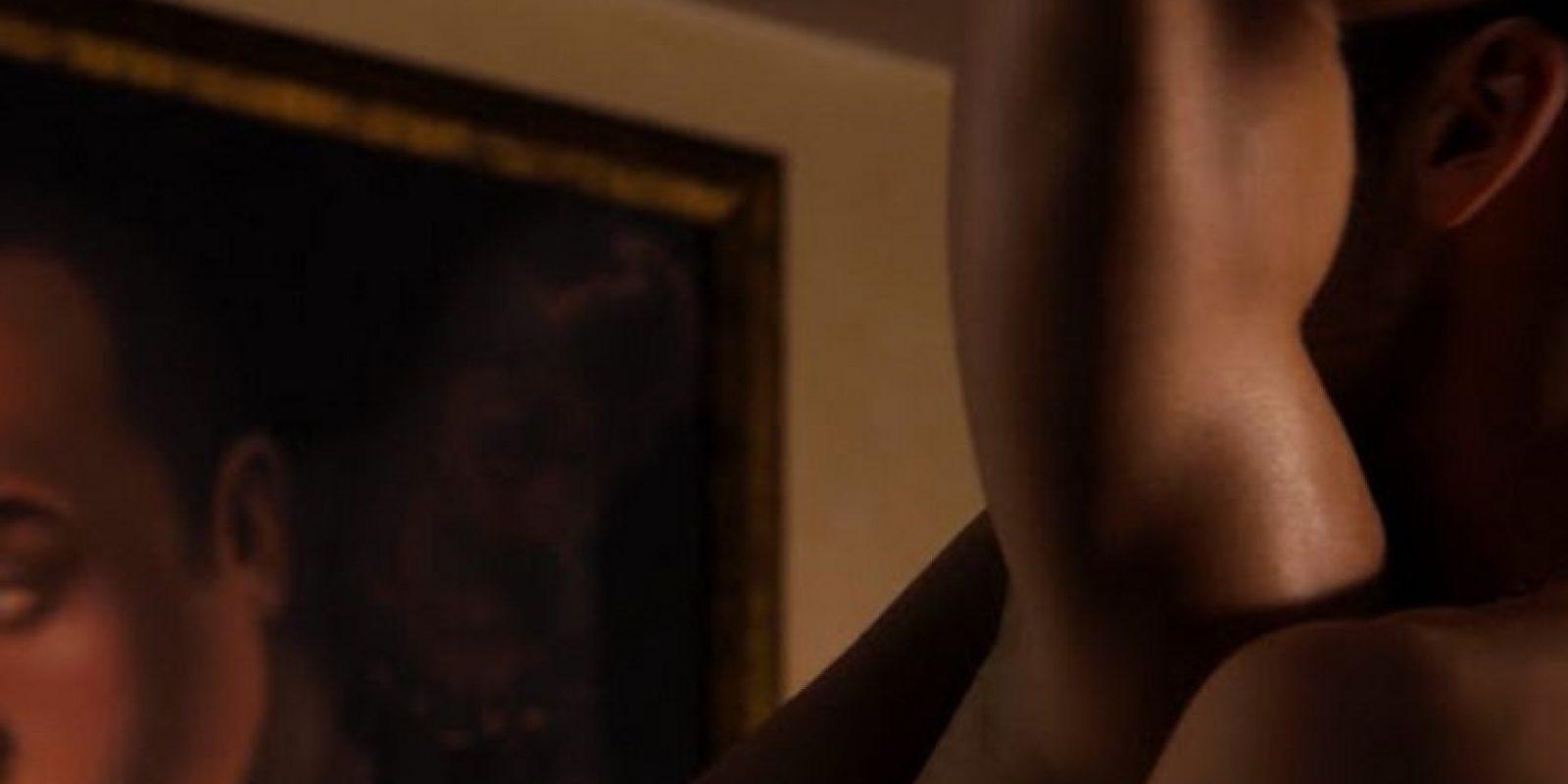 En las primeras imágenes que se han difundido de la serie, hemos visto escenas de cama donde la pasión y el erotismo invaden la pantalla Foto:Netflix