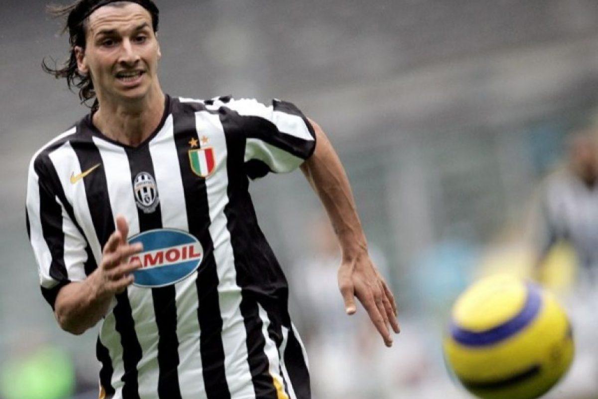 El sueco Zlatan Ibrahmovic jugó por la Juventus entre 2004 y 2005 Foto:AFP