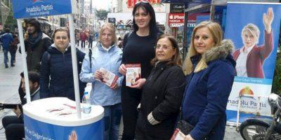 Su campaña es junto al Partido Anatolia. Foto:Vía facebook.com/Anadolu-Partisi