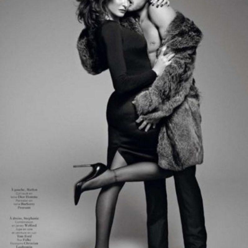 Siguió posando. Foto:vía Vogue