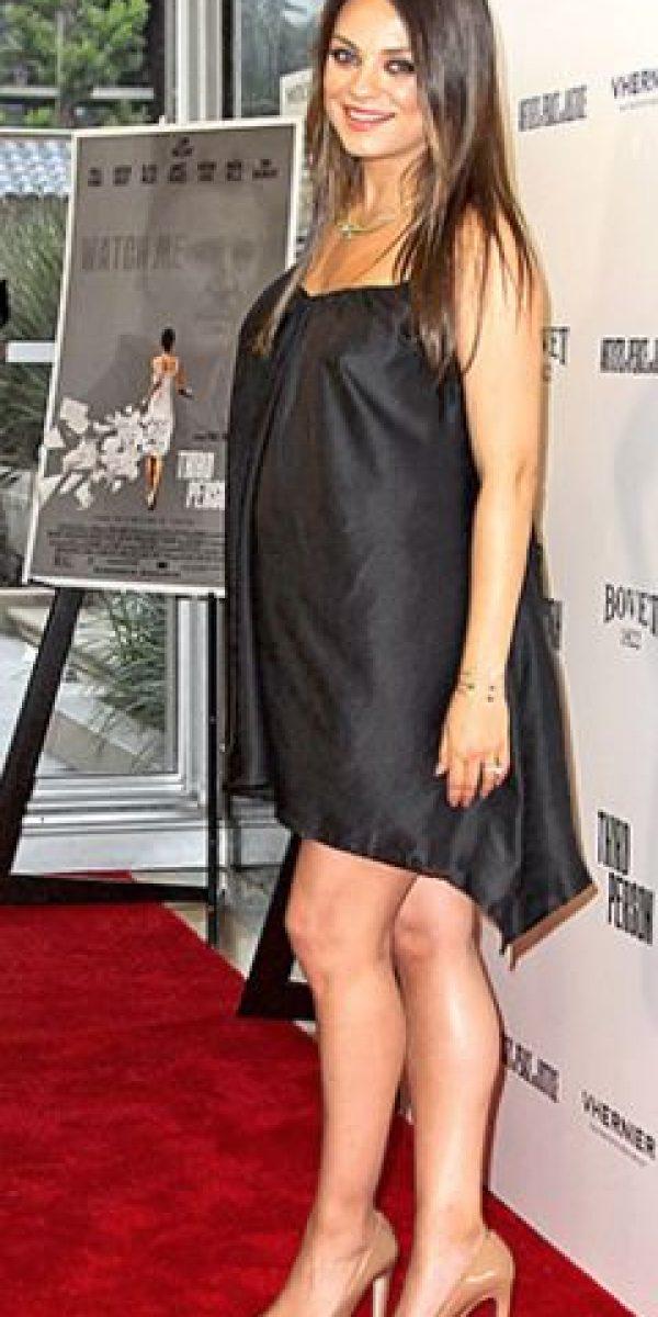 Se puede jugar con las siluetas, como lo hizo Mila Kunis. Foto:vía Getty Images
