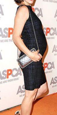 Si bien no muchas tienen la figura de Milla Jovovich, pueden intentar con un corte más recto. Foto:vía Getty Images