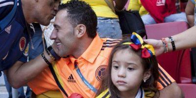 Ahora suelen bromear con los dos. Aquí Ospina está con su hija. Foto:vía Twitter