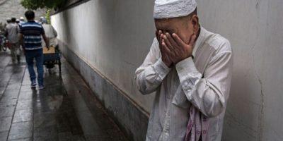 7. Tampoco se deben usar colores de ropa muy vistosos. Foto:Getty Images