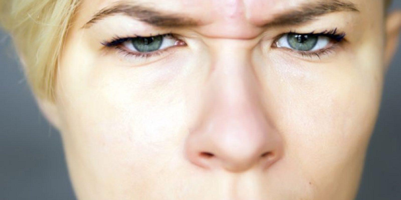Pues puede dejar su piel roja e hinchada justo antes de maquillarse. Foto:Pinterest