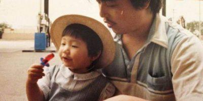 Su padre se divorció de su madre y no lo volvió a ver. Foto:vía Diana Kim