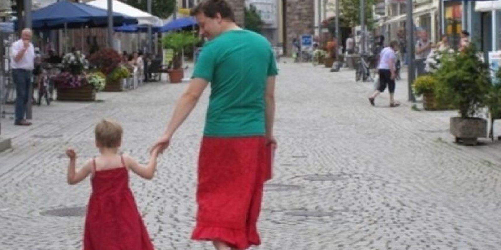 El que también se hizo una falda. Foto:vía imgur