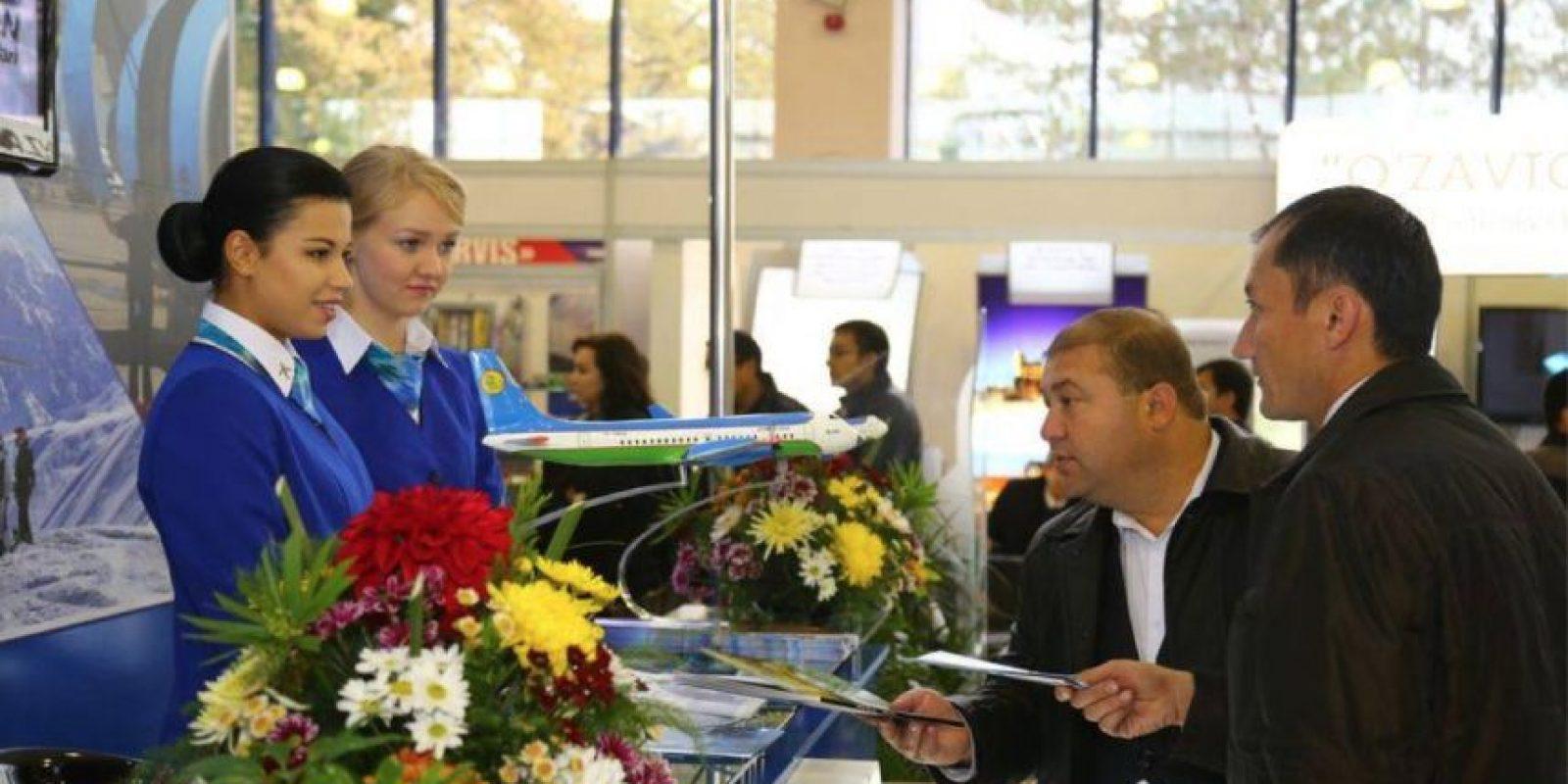 La aerolínea Uzbekistan Airways pesará a sus pasajeros como medida de seguridad. Foto:Vía facebook.com/Uzbekistan-Airways
