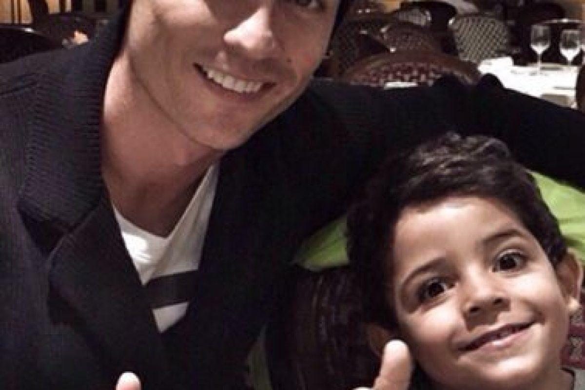 """Miren las mejores imágenes que comparte """"CR7"""" al lado de su hijo Foto:Vía instagram.com/cristiano"""