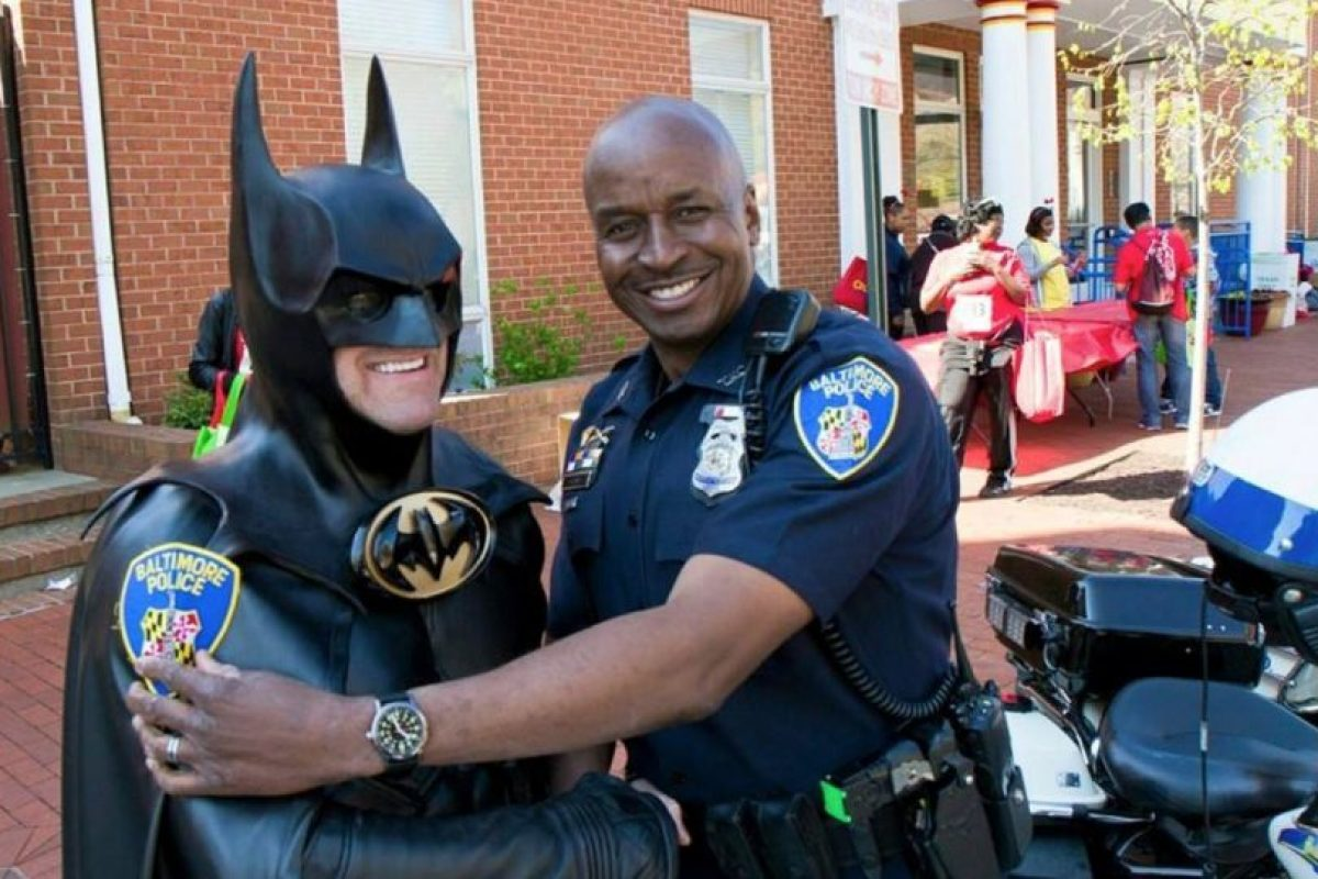 Leonard Robinson, se dedicaba a visitar a niños enfermos en los hospitales. Foto:Vía facebook.com/4.BATMAN