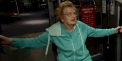 Esta mujer es adicta al gimnasio y tiene 92 años