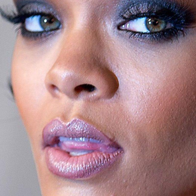 Sus poros abiertos. Foto:vía Celebrity Closeup/Tumblr