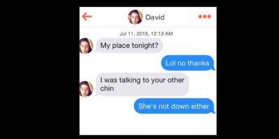 """Otro la invita a pasar la noche con él. Ella dice que no. Él le dice que le hablaba a """"su otra mejilla"""". Y ella dice : """"Ella tampoco quiere ir"""". Foto:vía Instagram/byefelipe"""