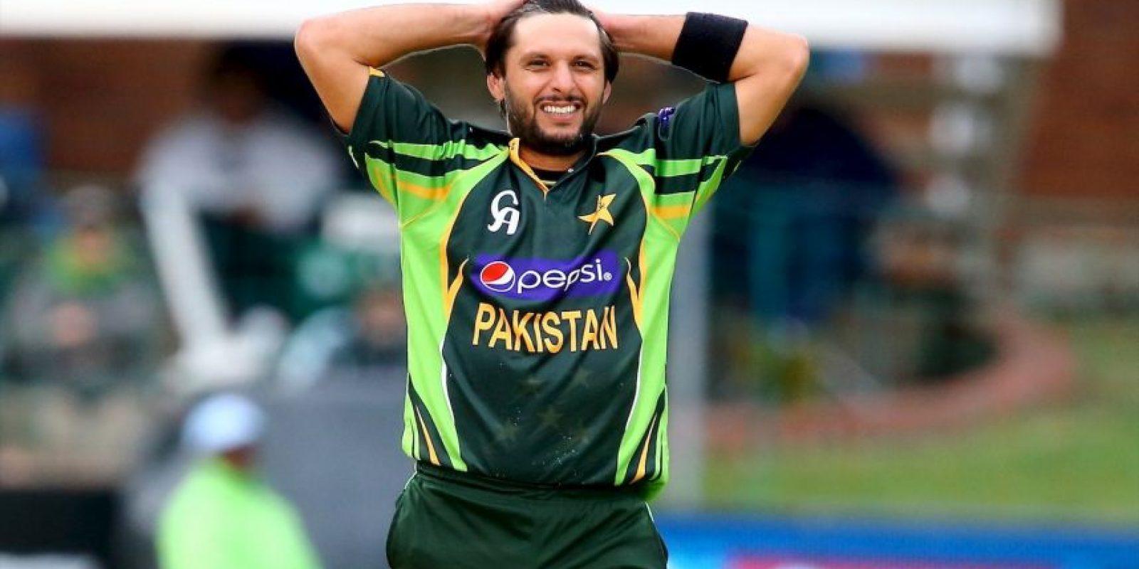 """20. Shahid Afridi. El jugador de críquet de Pakistán estableció la fundación benéfica """"Shahid Afridi Foundation"""", que brinda cuidado de salud y educación a las personas con menos recursos Foto:Getty Images"""