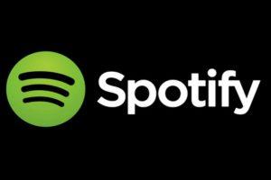 """Una es """"La Salsa La Traigo Yo"""" del grupo Sonora Carruseles y otra de la cantante latina La Mala Rodríguez con el track """"Tengo Un Trato (Remix)"""" Foto:Spotify"""