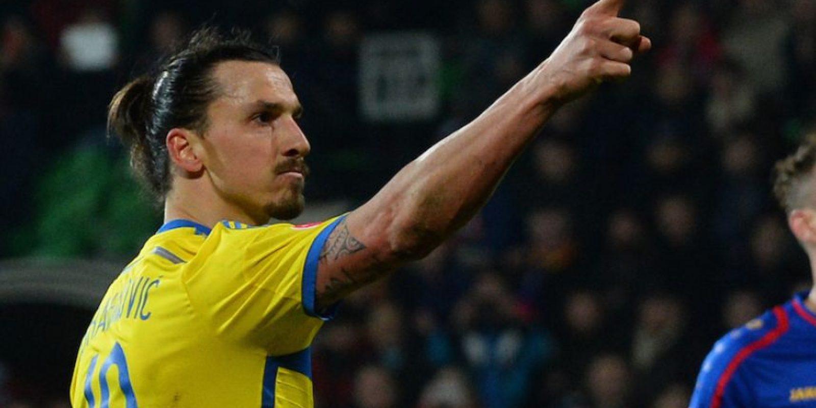 """Antes de jugarse contra Portugal, el pase al Mundial de Brasil 2014, el capitán de Suecia sorprendió a un periodista con una respuesta polémica al cuestionamiento sobre quien pasaría en la eliminatoria y que sería difícil hacerle a Dios este cuestionamiento: """"Estás hablando con él"""", sentenció. Foto:AFP"""