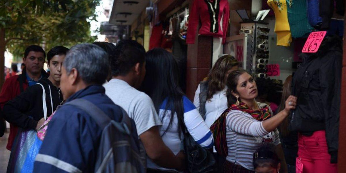 Comercios registran demanda a pocos días antes de la Navidad
