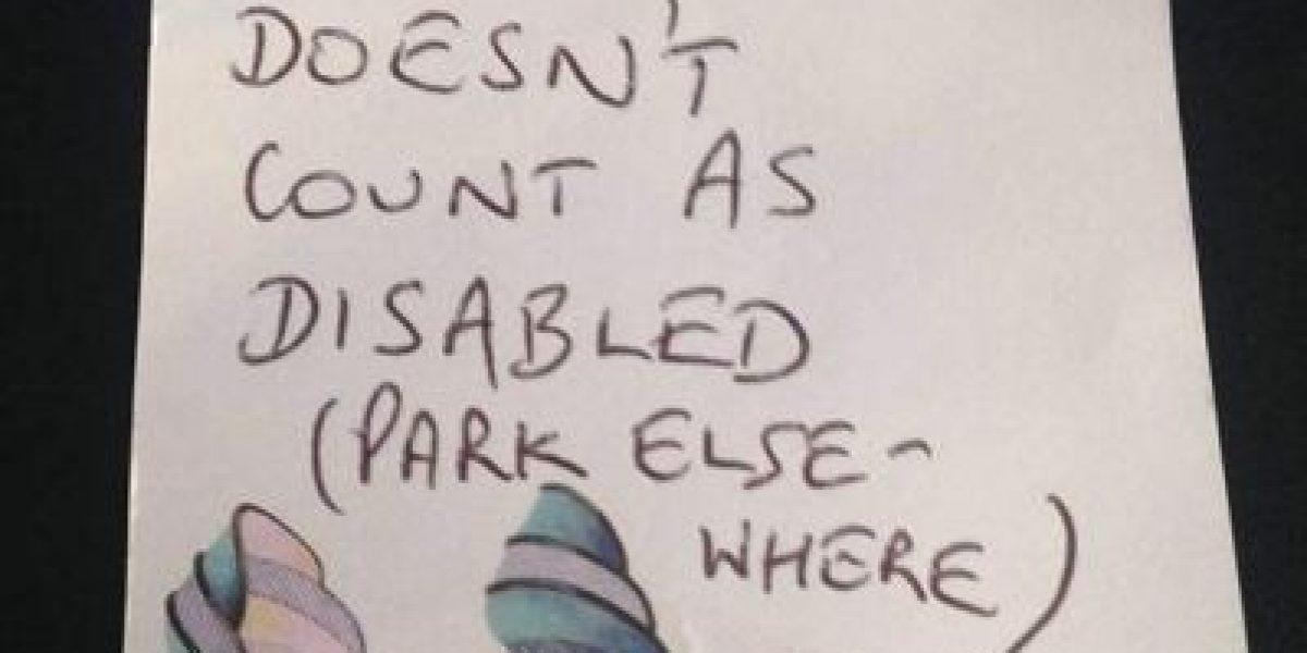 Se estacionó en el lugar de discapacitados y recibió esta sorpresa