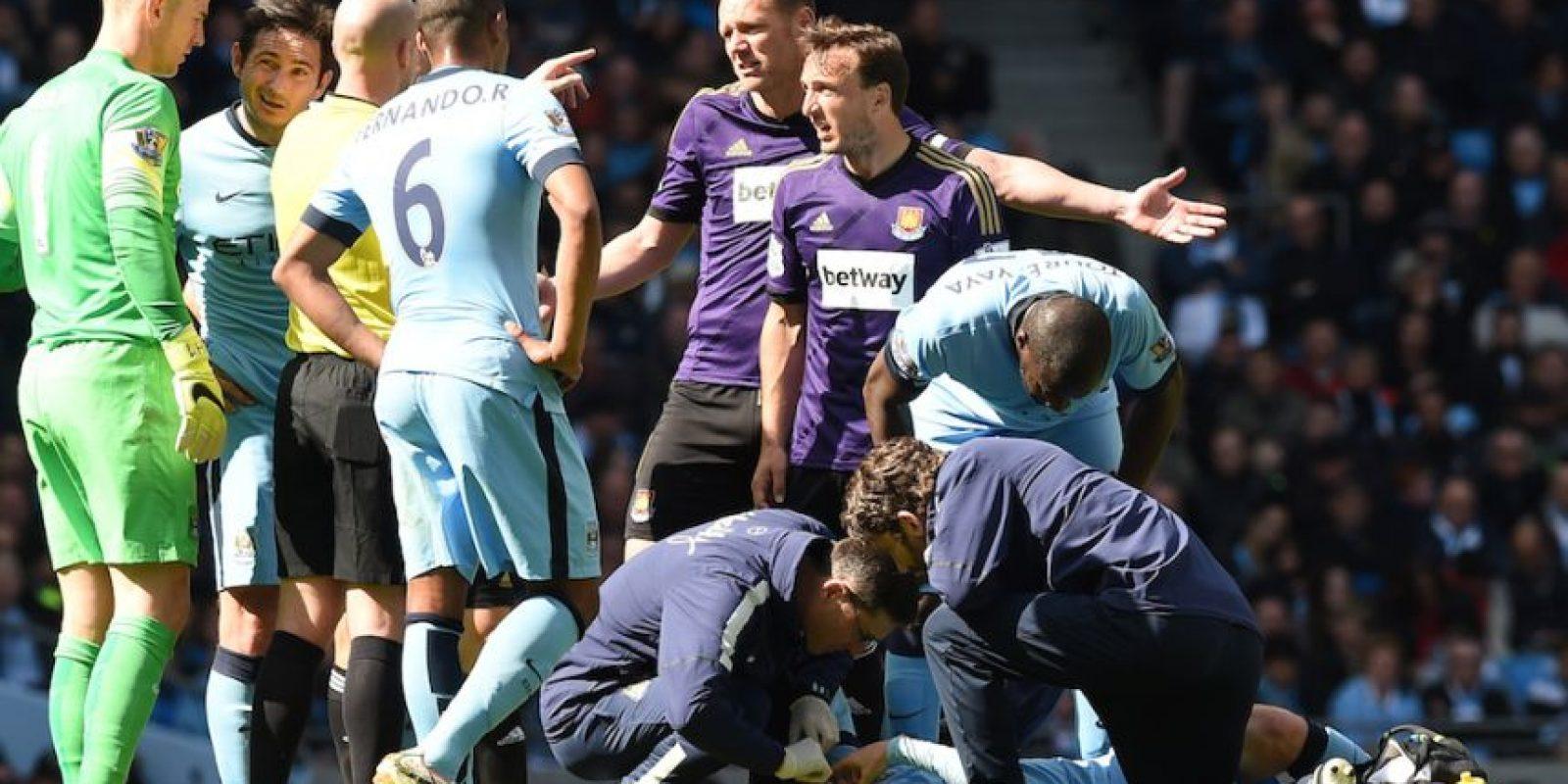 Silva y Cheikh Kouyaté, del West Ham United, tuvieron un fuete contacto. Foto:AFP