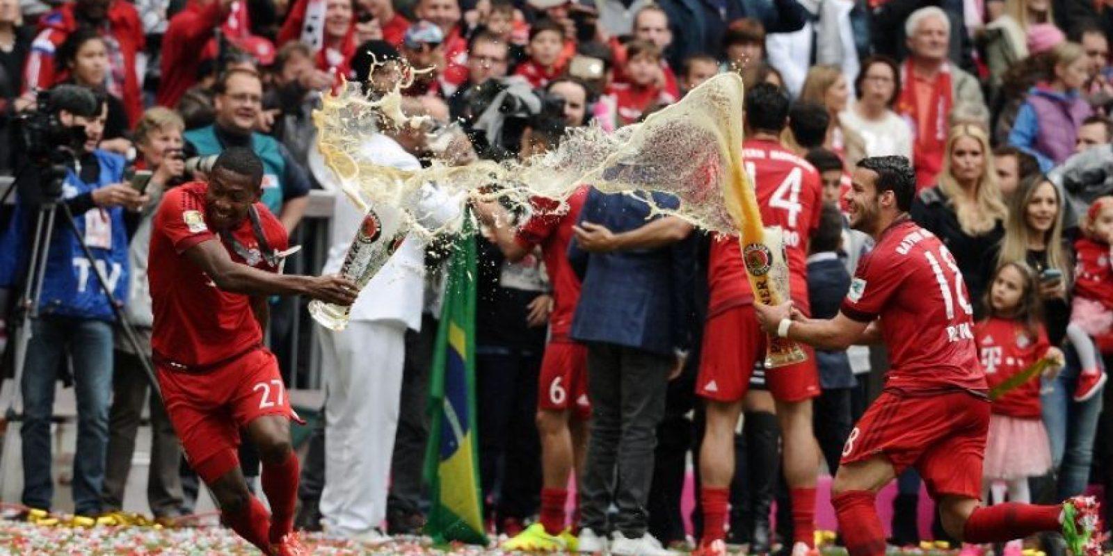 Así festejaron los bávaros el campeoanto de la Liga de Alemania Foto:AFP