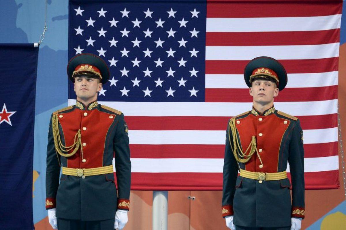 Guardias rusos en en el Campeonato Mundial FINA 2015. Foto:AFP