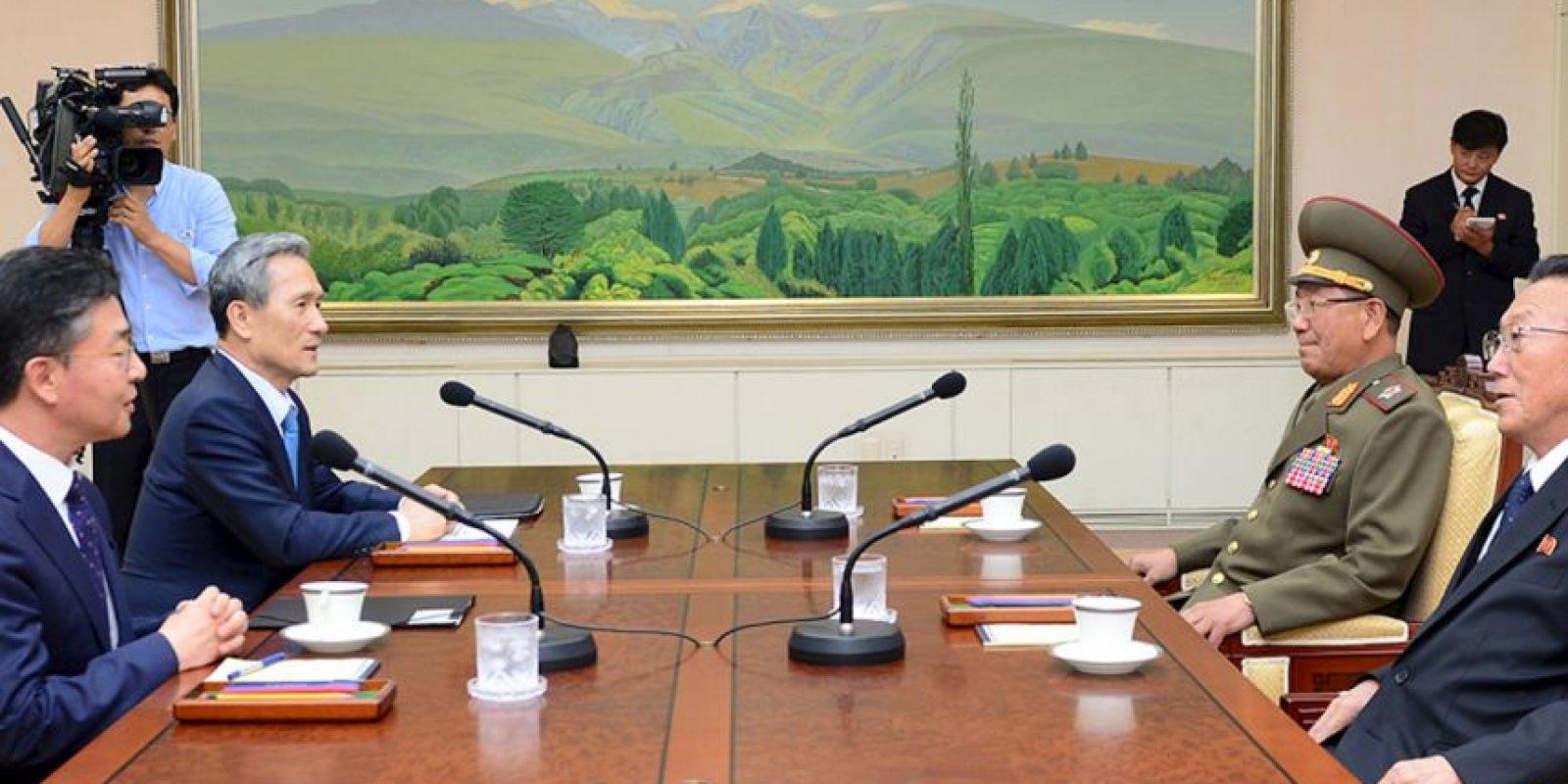 Los dos países rivales iniciaron negociaciones desde el sábado para intentar calmar la situación. Foto:AFP