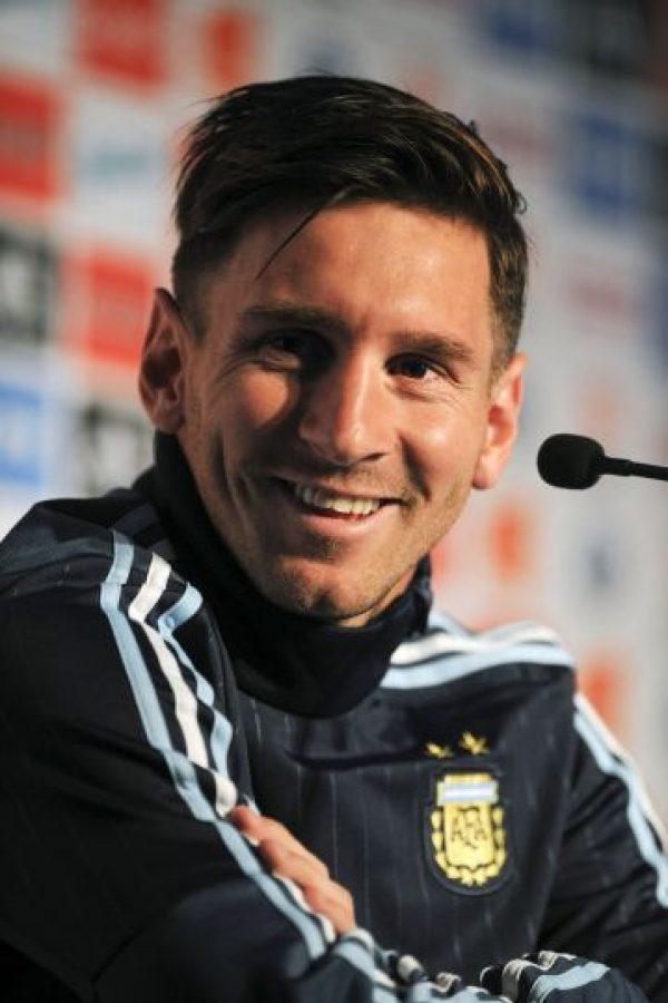 Mucho más delgado, y con un corte con mucho estilo, Messi desplegará magia en la Copa América 2015. Foto:AFP