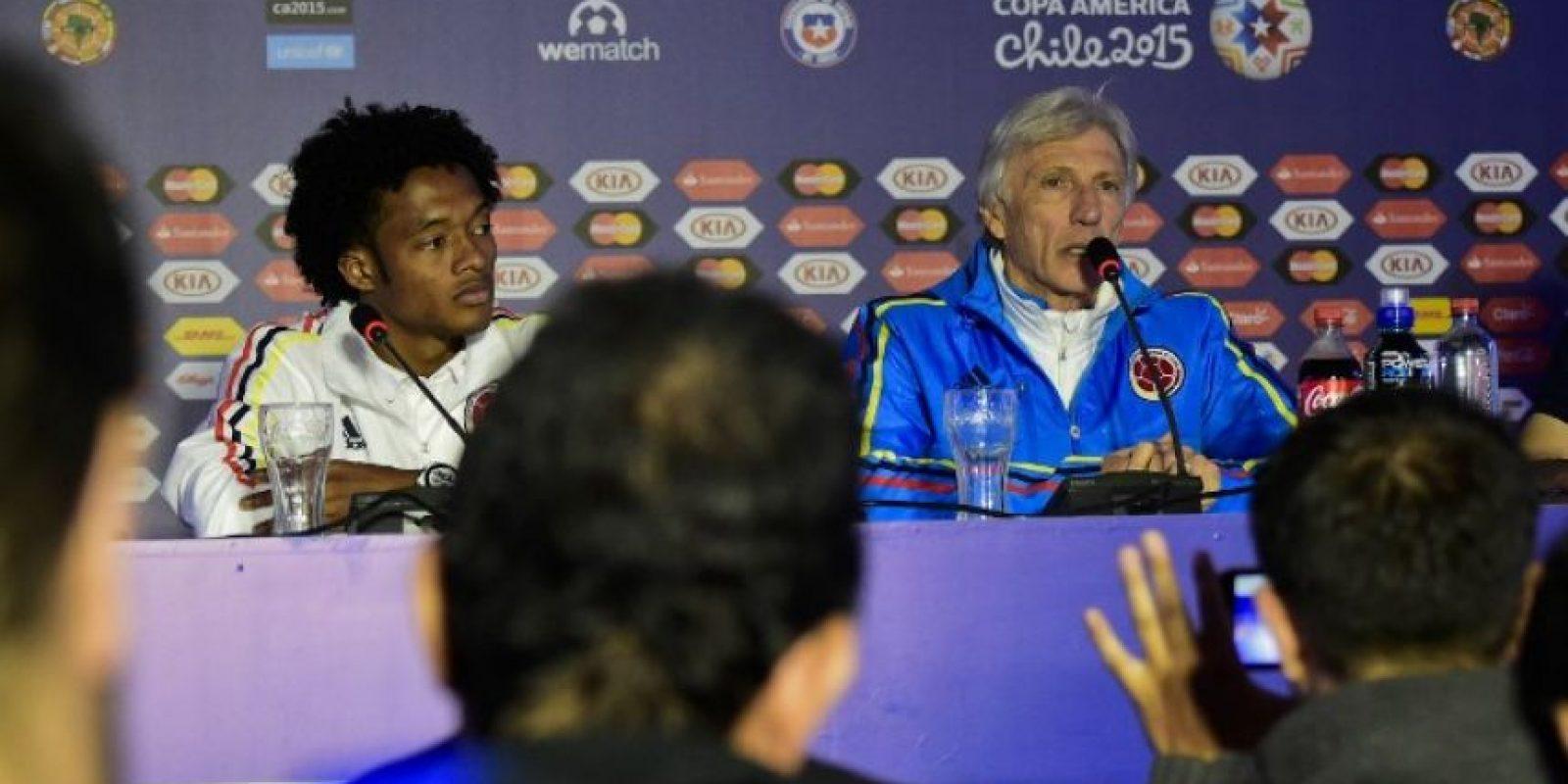 José Néstor Pékerman le deseó suerte a Falcao y Cuadrado en el Chelsea Foto:AFP