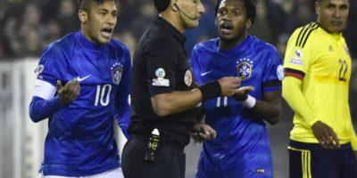 El choque terminó con agresiones entre los jugadores. Foto:AFP