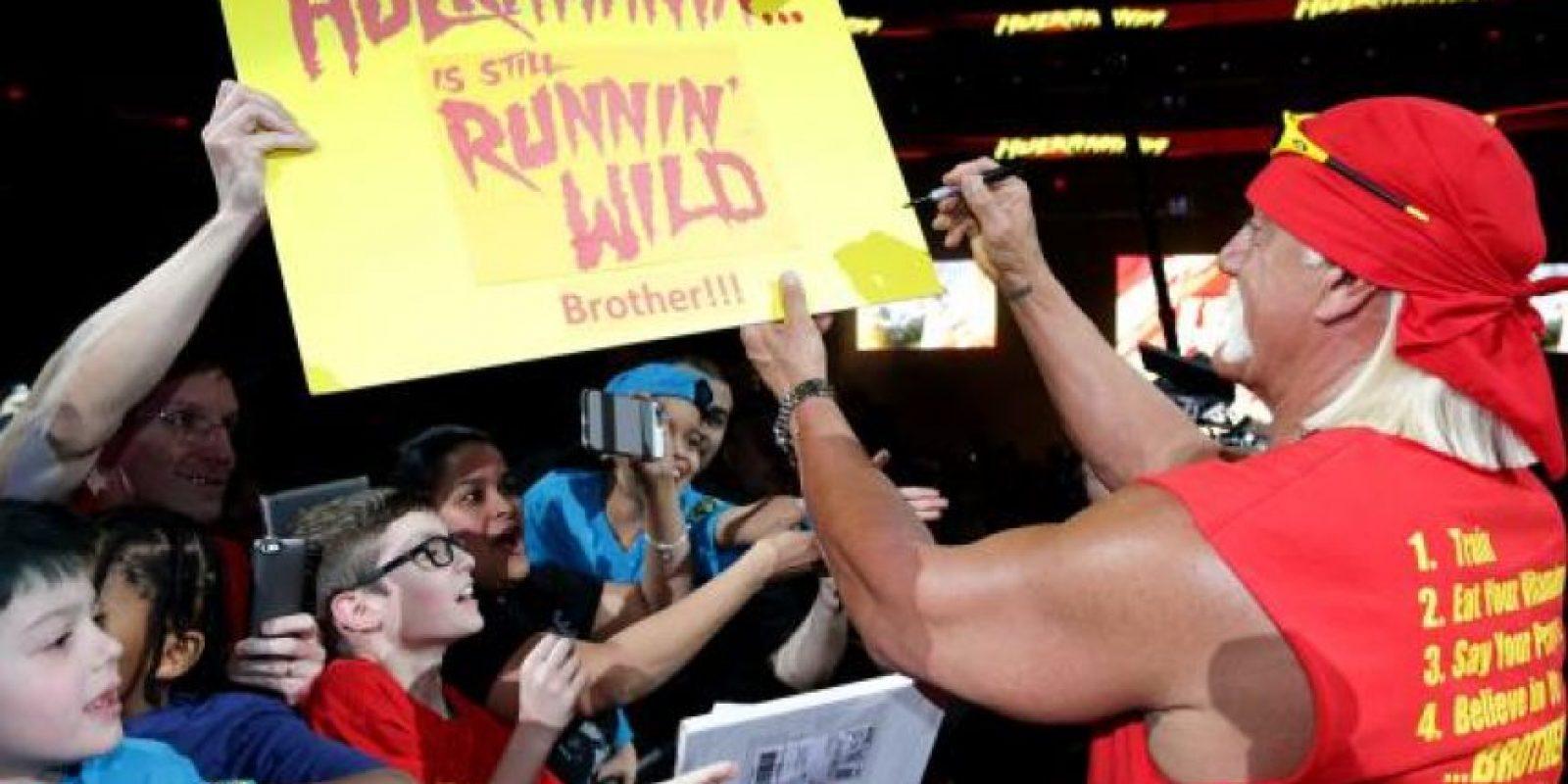 Escribió su número de forma pública Foto:WWE