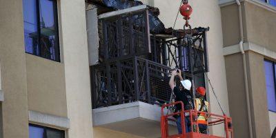 Mueren seis estudiantes irlandeses tras desprenderse el balcón de un edificio. Foto:AFP