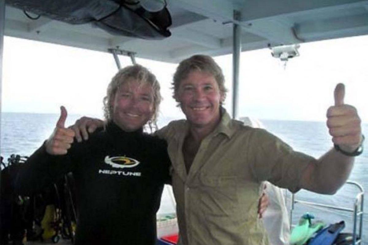 Steve Irwin, antes de ir en busca de la raya que lo mató. Foto:vía Getty Images